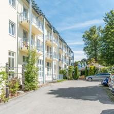 restaurant-berggeist-penzberg-aussen-mit-parkplatz