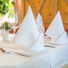 restaurant-berggeist-penzberg_hochwertig gedeckt